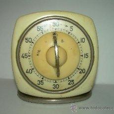 Despertadores antiguos: ANTIGUO RELOJ DE COCINA TEMPORIZADOR PARA CONTAR LOS MINUTOS....AÑOS 40. Lote 39277901