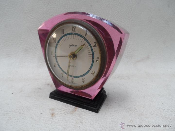 RELOJ DESPERTADOR COLOR COLECCION - TRANSPARENTE SE VE MAQUINARIA - MARCA GOLDBÜKL (Relojes - Relojes Despertadores)