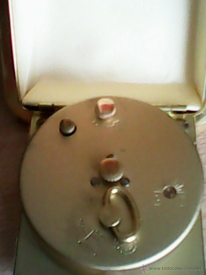 Despertadores antiguos: ANTIGUO RELOJ DESPERTADOR,PRATICO Y ESPECIALMENETE,PARA LLEVAR DE VIAJE.MARCHA PERFECTO.M.EUROPA - Foto 5 - 40391996