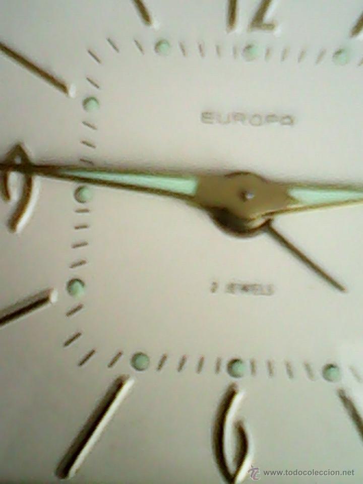 Despertadores antiguos: ANTIGUO RELOJ DESPERTADOR,PRATICO Y ESPECIALMENETE,PARA LLEVAR DE VIAJE.MARCHA PERFECTO.M.EUROPA - Foto 7 - 40391996