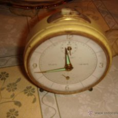 Despertadores antiguos: ANTIGUO RELOJ DESPERTADOR DE LOS AÑOS 50. Lote 41146912