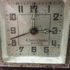 Despertadores antiguos: BONITO RELOJ DESPERTADOR ANTIGUO DE MADERA. FUNCIONA CORRECTAMENTE.MARCA PONE A. SANTA ISABEL MADRID. Lote 41515934