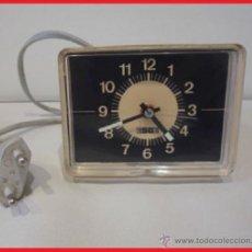 Despertadores antiguos: DESPERTADOR VINTAGE ALARM ALEMAN MARCA ESGE AÑOS 60 FUNCIONA. Lote 41631965