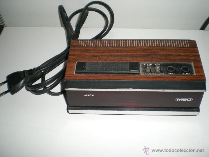 Despertadores antiguos: antiguo despertador aleman electrico digital funciona correcto buen estado años 60 - Foto 2 - 42782389