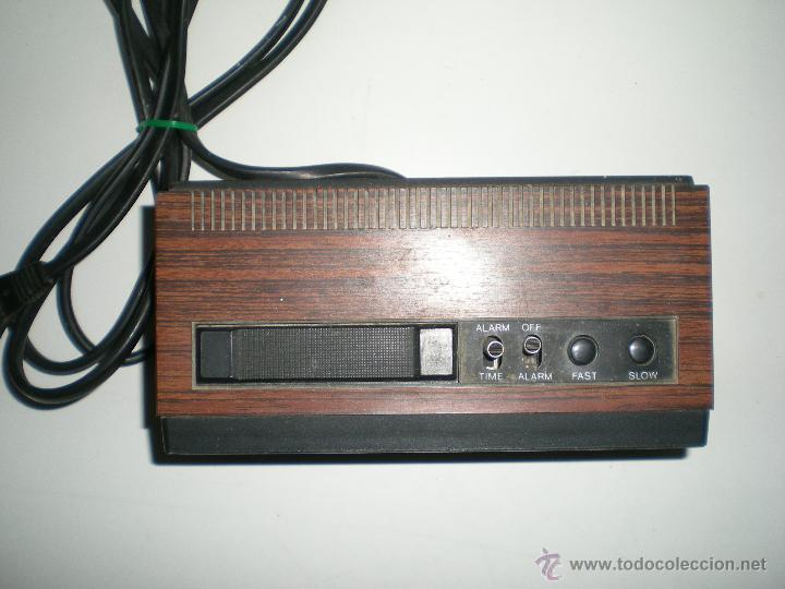 Despertadores antiguos: antiguo despertador aleman electrico digital funciona correcto buen estado años 60 - Foto 3 - 42782389