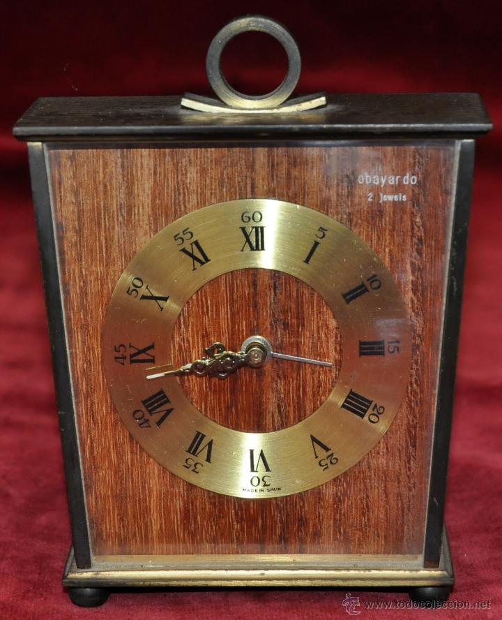 RELOJ DESPERTADOR MARCA OBAYARDO (2 JEWELS) EN METAL DORADO. MEDIADOS SIGLO XX (Relojes - Relojes Despertadores)