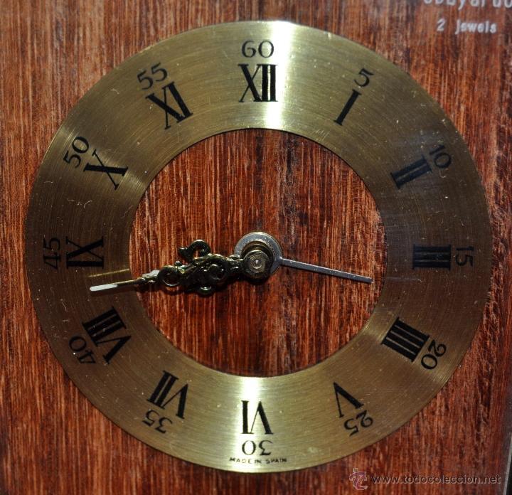 Despertadores antiguos: RELOJ DESPERTADOR MARCA OBAYARDO (2 JEWELS) EN METAL DORADO. MEDIADOS SIGLO XX - Foto 4 - 43752085
