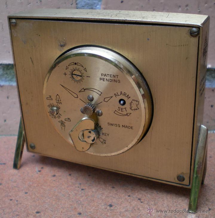 Despertadores antiguos: Reloj despertador Swiza 8 , marcado Renault Servauto Madrid - Foto 2 - 44025468
