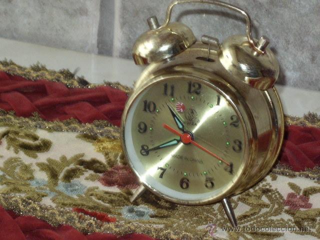 ANTIGUO RELOJ DESPERTADOR CLASICO. (Relojes - Relojes Despertadores)