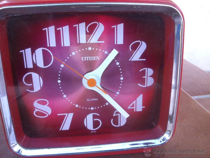 Despertadores antiguos: reloj despertador citizen, precioso color pantalla .vintage - Foto 2 - 46282434