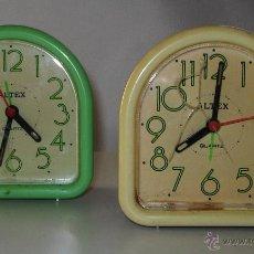 Despertadores antiguos: PAREJA DE DESPERTADORES ALTEX AÑOS 90. Lote 46633730