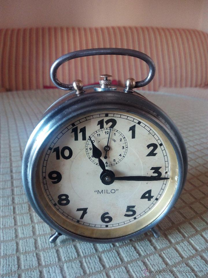 RELOJ DESPERTADOR MILO - AÑOS 50. FUNCIONANDO. TRATADO INTEGRAMENTE. LEER DESCRIPCION. (Relojes - Relojes Despertadores)