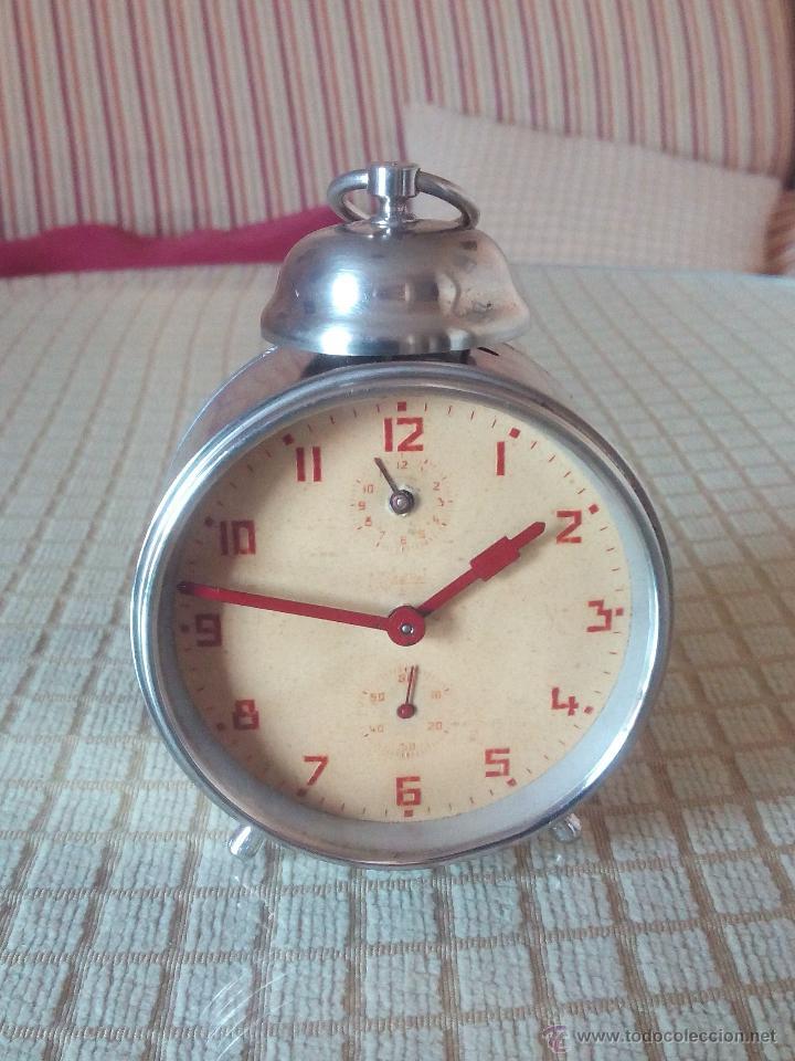Despertadores antiguos: ANTIGUO DESPERTADOR A CUERDA. AÑOS 60. FUNCIONANDO.. BUENA CONSERVACION. DESCRIP. Y FOTOS. - Foto 2 - 46915821