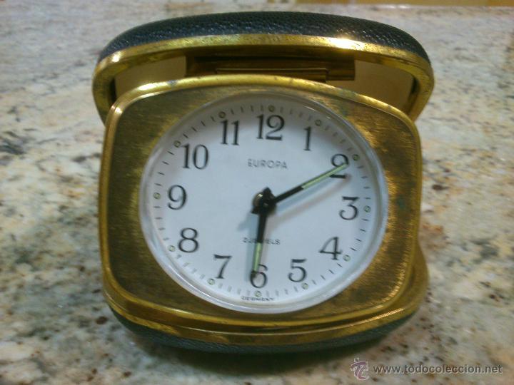 RELOJ DESPERTADOR DE VIAJE MARCA EUROPA AÑOS 50 . FUNCIONANDO (Relojes - Relojes Despertadores)