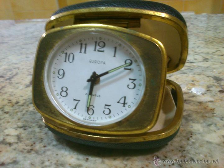 Despertadores antiguos: RELOJ DESPERTADOR DE VIAJE MARCA EUROPA AÑOS 50 . FUNCIONANDO - Foto 2 - 46943878