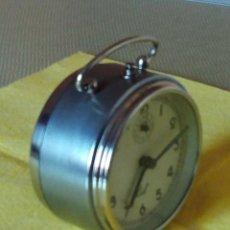 Despertadores antiguos: DESPERTADOR ESPAÑOL C I D - AÑOS 60. FUNCIONANDO. TRATADO INTERIOR / EXTERIOR. DESCRIP. Y FOTOS DI. Lote 47040292