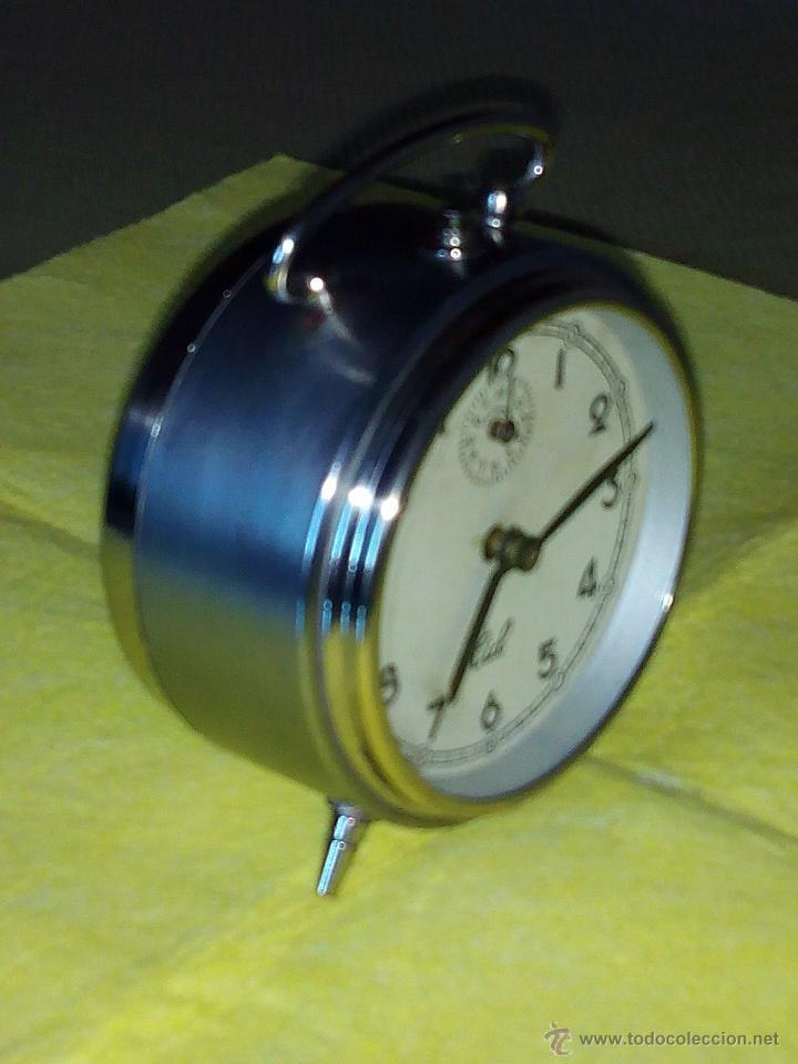Despertadores antiguos: DESPERTADOR ESPAÑOL C I D - AÑOS 60. FUNCIONANDO. TRATADO INTERIOR / EXTERIOR. DESCRIP. Y FOTOS DI - Foto 7 - 47040292