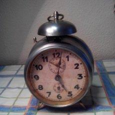 Despertadores antiguos: ANTIGUO DESPERTADOR DE CAMPANA - AÑOS 50 - FUNCIONANNDO. (TESTADO). DESCRIP. Y FOTOS INTER/EXTER.. Lote 47167548