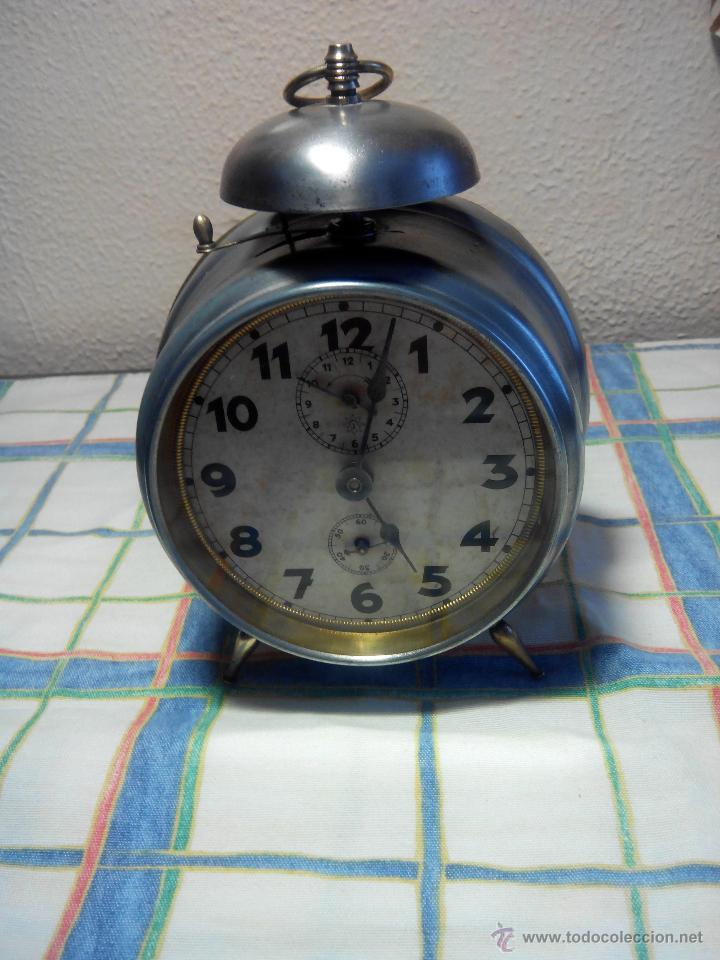 Despertadores antiguos: ANTIGUO DESPERTADOR DE CAMPANA - AÑOS 50 - FUNCIONANNDO. (TESTADO). DESCRIP. Y FOTOS INTER/EXTER. - Foto 2 - 47167548