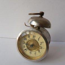 Despertadores antiguos - INUSUAL MINIATURA DESPERTADOR CAJA CON FORMA DE TUBO, 5´5CM X 8CM X 7CM - 48395983