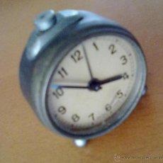 Despertadores antiguos: RELOJ DESPERTADOR HECHO EN SUIZA DIAMETRO 6 CM ALTURA 7 CM. Lote 48755272