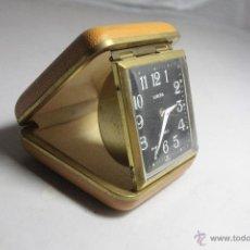 Despertadores antiguos: RELOJ DESPERTADOR PLEGABLE DE CARGA MANUAL CON ALARMA MARCA EUROPA FUNCIONA. Lote 51431564