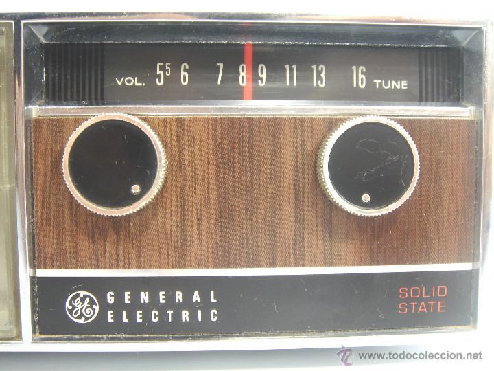 Despertadores antiguos: ANTIGUO Y RARO RADIO RELOJ DESPERTADOR -GENERAL ELECTRIC PBC 550G -125V- PBC550G ELECTRICA .AÑOS 50 - Foto 4 - 51962905