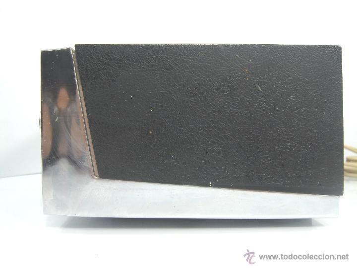 Despertadores antiguos: ANTIGUO Y RARO RADIO RELOJ DESPERTADOR -GENERAL ELECTRIC PBC 550G -125V- PBC550G ELECTRICA .AÑOS 50 - Foto 5 - 51962905