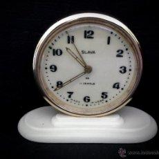 Despertadores antiguos: RELOJ DESPERTADOR RUSO MECANICO SLAVA DE 1966. Lote 121611771