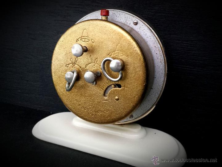 Despertadores antiguos: Reloj despertador ruso mecanico SLAVA de 1966 - Foto 6 - 121611771