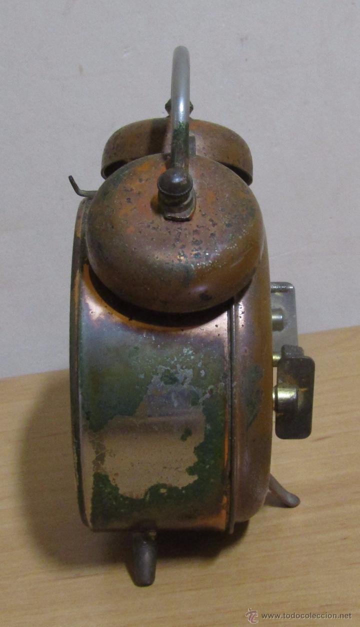 Despertadores antiguos: PETER RELOJ-DESPERTADOR DE CUERDA ANTIGUO MADE IN GERMANY EN FUNCIONAMIENTO - Foto 4 - 54636803