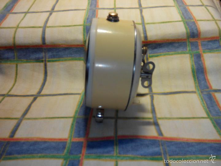Despertadores antiguos: DESPERTADOR AÑOS 60. FUNC. CORRECTAMENTE, AMBAS CUERDAS, TESTADO AL COMPLETO. DESCRIP. Y FOTOS, - Foto 8 - 56112329
