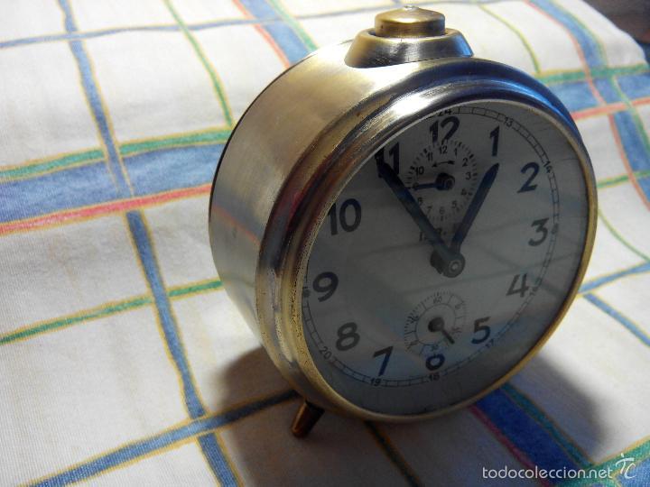 Despertadores antiguos: DESPERTADOR ESPAÑOL. AÑOS 60. FUNCIONANDO. TRATADO INTEG. (((IMPECABLE))) DESCRIP. Y FOTOS - Foto 4 - 56267630