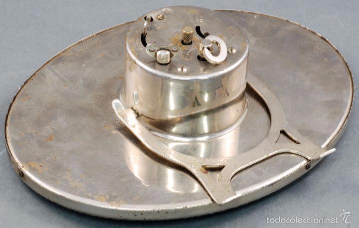 Despertadores antiguos: Reloj despertador acero años 30 Funciona sólo el reloj - Foto 2 - 56461502