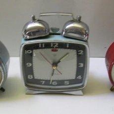 Despertadores antiguos: LOTE DE 3 RELOJES DESPERTADORES. Lote 57240462