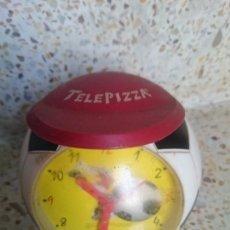 Despertadores antiguos: RELOJ DESPERTADOR DE TELEPIZZA BALON FUTBOL - AÑOS 90 - NO SE SI FUNCIONARA. Lote 57697289