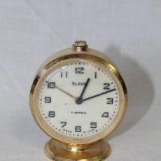 Despertadores antiguos: RELOJ DESPERTADOR SLAVA 11 JEWELS. Lote 57823612