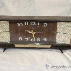 Despertadores antiguos: RELOJ DESPERTADOR MARCA RHYTHM DE CUERDA AÑOS 60. Lote 59681899