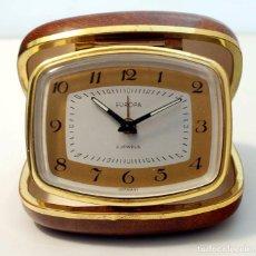 Despertadores antiguos: RELOJ EUROPA. DESPERTADOR DE VIAJE PLEGABLE CARGA MANUAL.. Lote 61718272
