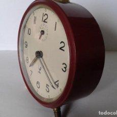 Despertadores antiguos: RELOJ DESPERTADOR DE UERDA ANTIGUO MARCA JAZ. Lote 62899972