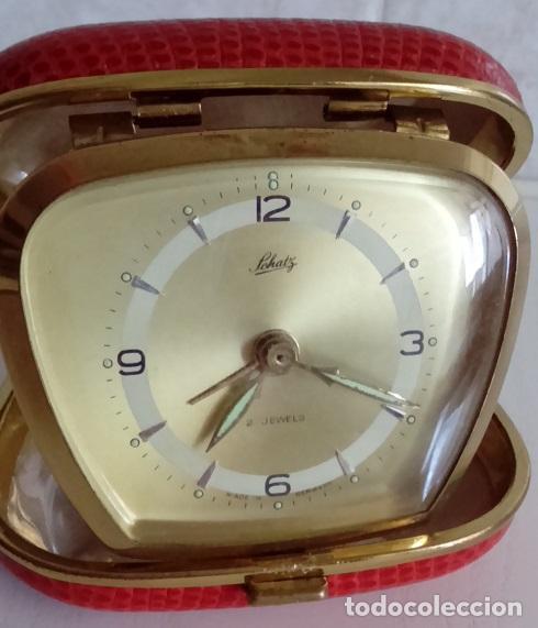 Despertadores antiguos: BONITO RELOJ DESPERTADOR DE VIAJE DE CUERDA MARCA SCHATZ DE ALEMANIA AÑOS 50/60 2 JEWELS - Foto 2 - 47845484