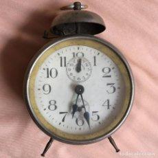 Despertadores antiguos: ELEGANTE RELOJ DESPERTADOR MUY ANTIGUO CON ESFERA DE SEGUNDERO / VINTAGE CLOCK WATCH . Lote 67992077