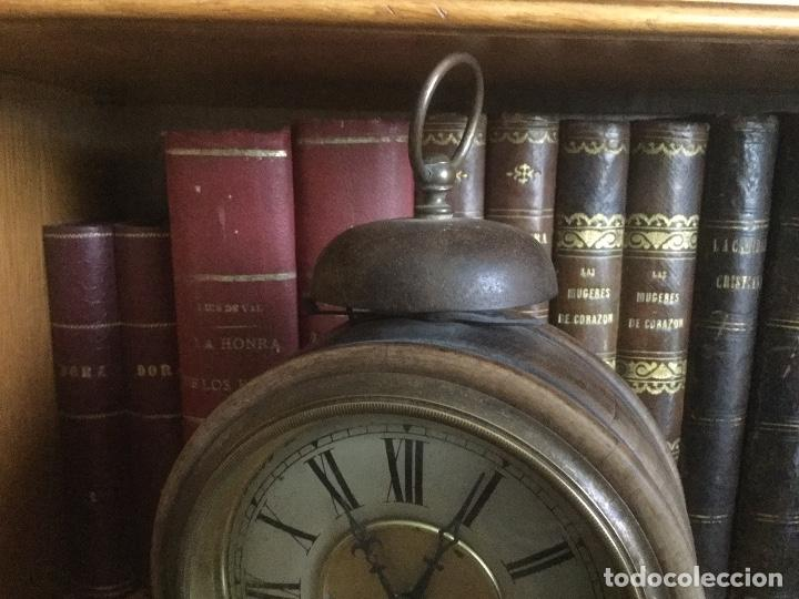 Despertadores antiguos: Precioso y antiguo reloj alarma. - Foto 4 - 68117705