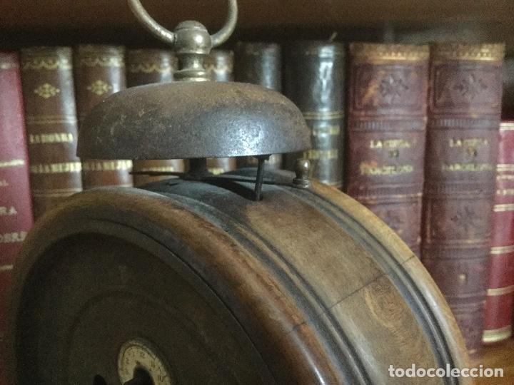 Despertadores antiguos: Precioso y antiguo reloj alarma. - Foto 9 - 68117705