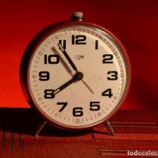 Despertadores antiguos: MAGNÍFICO DESPERTADOR TITÁN, EXCELENTE ESTADO. Lote 72032543
