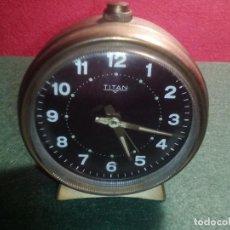 Despertadores antiguos: RELOJ DESPERTADOR TITAN FUNCIONANDO. Lote 79609301