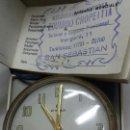 Despertadores antiguos: RELOJ DESPERTADOR ANTIGUO CYMA AÑO 63 EN CAJA ORIGINAL FUNCIONANDO. Lote 80044738