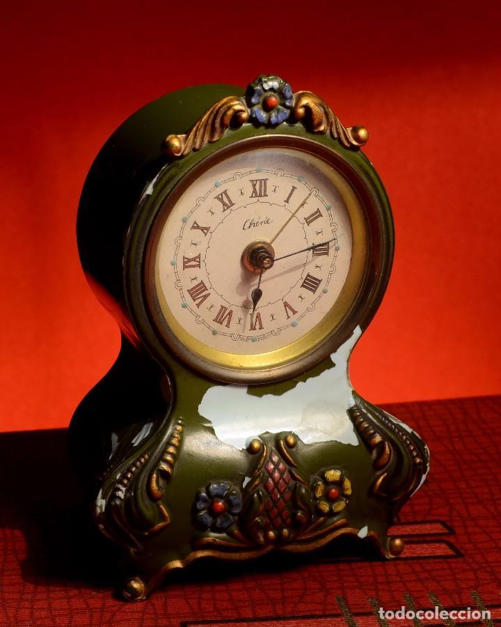 ANTIGUO DESPERTADOR CHÉRÍE, FRANCÉS, PARÍS, PINTADO A MANO, CON MÚSICA DEL DANUBIO AZUL (Relojes - Relojes Despertadores)