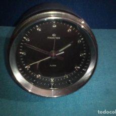 Despertadores antiguos: RELOJ DESPERTADOR FRONTIER FUNCIONANDO DE CUERDA VINTAGE. Lote 80811771