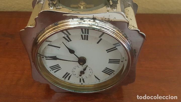 Despertadores antiguos: Reloj despertador francés cromado con áncora a la vista. - Foto 4 - 80956068